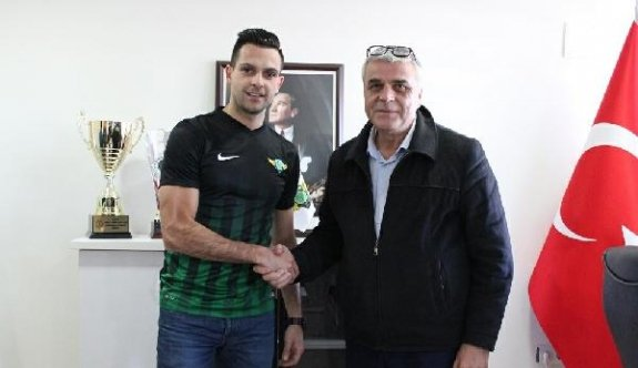 Akhisar Belediyespor Samardzic ile 3.5 yıllık sözleşme imzaladı