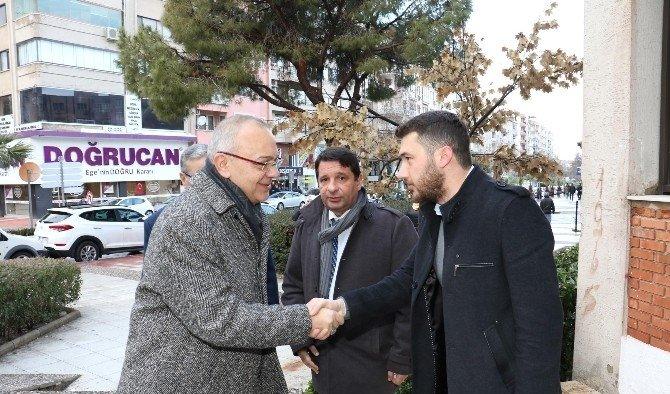 Başkan Ergün gazetecilerin yanında
