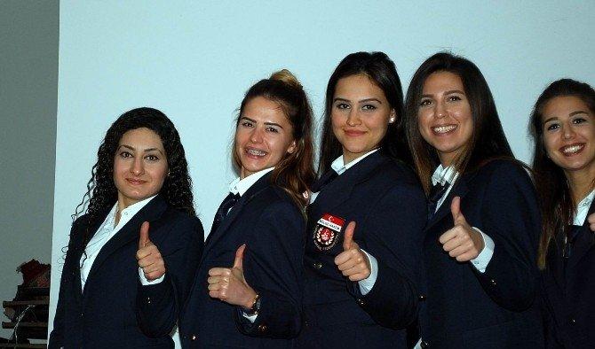 Salihli'de Karate Hakem eğitimi düzenlendi