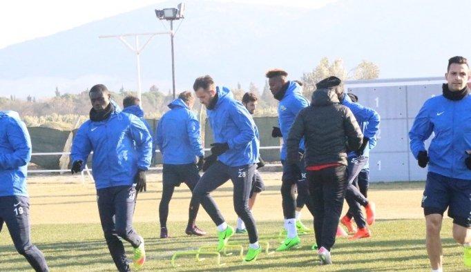 Akhisar Belediyespor, Beşiktaş maçı hazırlıklarını sürdürüyor