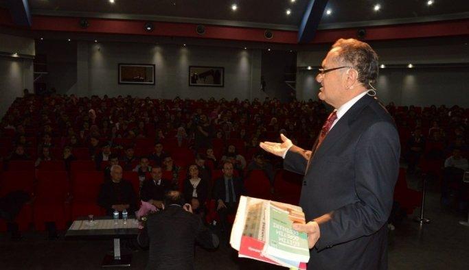 Eğitimci yazar Kadir Keskin gençlerle buluştu