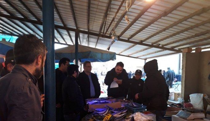 Hileli balık satışına zabıta engeli