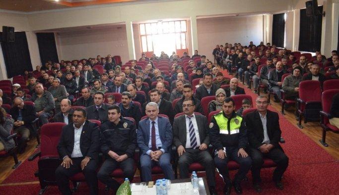 Kula'da güvenli öğrenci taşımacılığı toplantısı