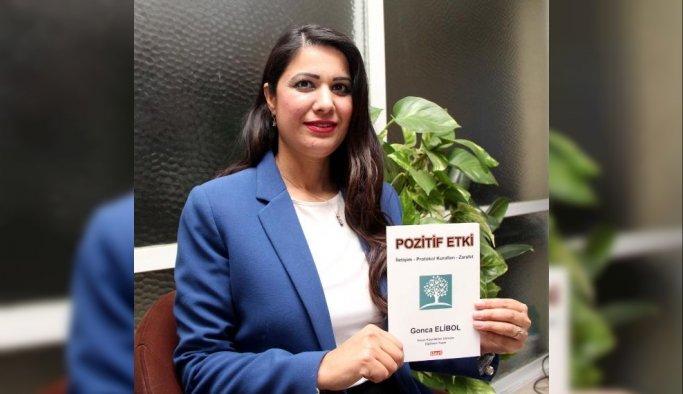 Siyasetçilere yardımcı olacak kitap