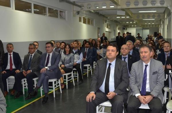 Standart Profil Manisa'da Ar-Gg merkezi açtı