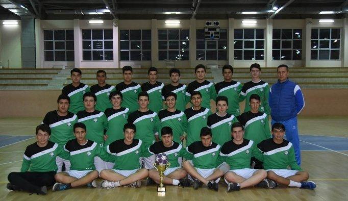Salihli Belediyespor hentbol takımı şampiyonluğa doymuyor