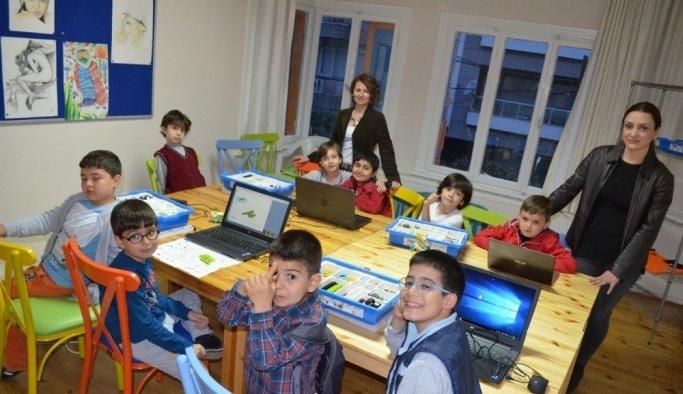 Salihli'de ilk özel robotik kodlama kursları başlıyor