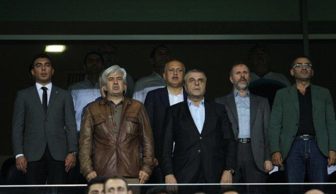 Teknik Direktör Kafkas'tan Akhisar Belediyespor'a veda