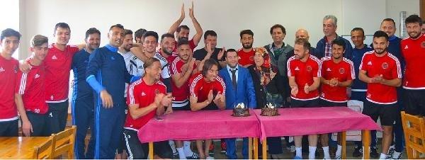 Turgutluspor'da çok özel kutlama
