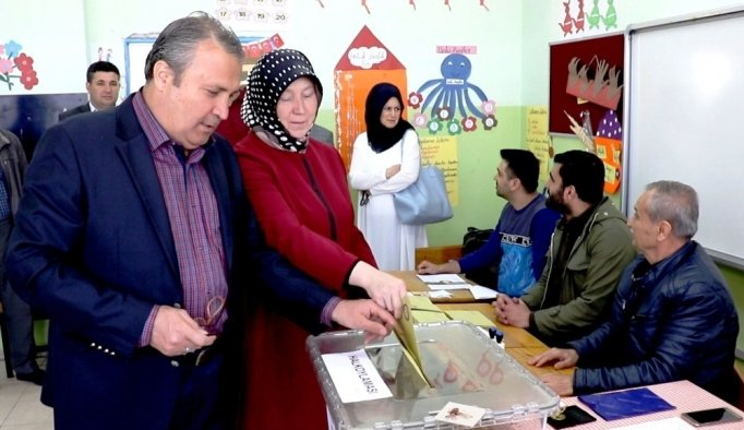 """Başkan Çerçi: """"Milletimize güveniyoruz"""""""