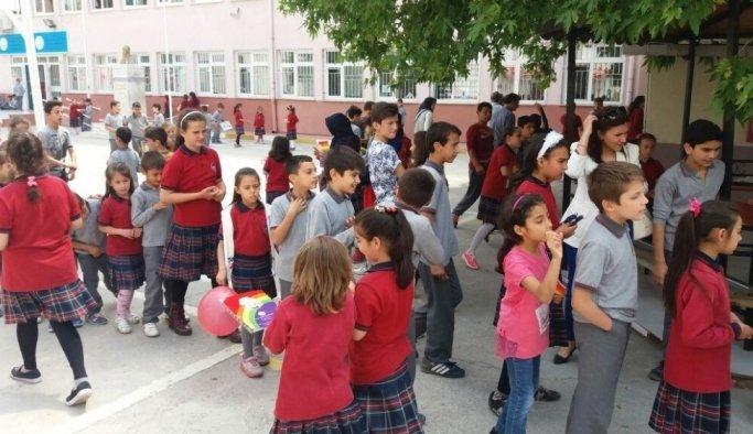 Başkan Ergün öğrencileri sevindirdi