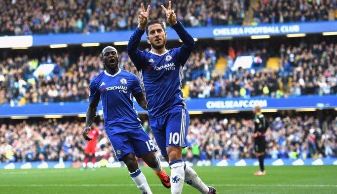 Chelsea Menajeri Conte'den Taşlama