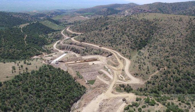 Kula Konurca Barajında çalışmalar devam ediyor