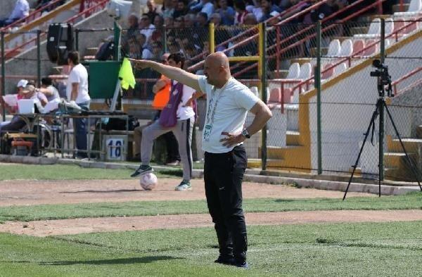 Manisa Büyükşehir Belediyespor play off'u bekliyor