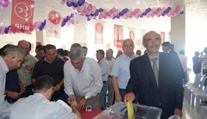MHP Selendi ilçe başkanlığına Himmet Kurukoç seçildi