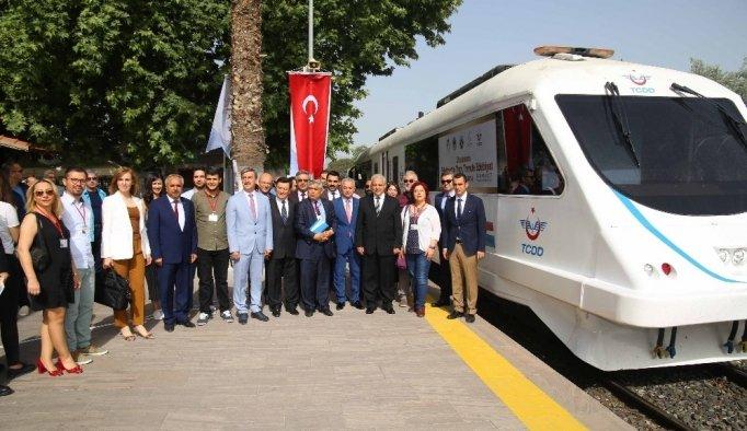 Turgutlu'dan İzmir'e tarihi yolculuk