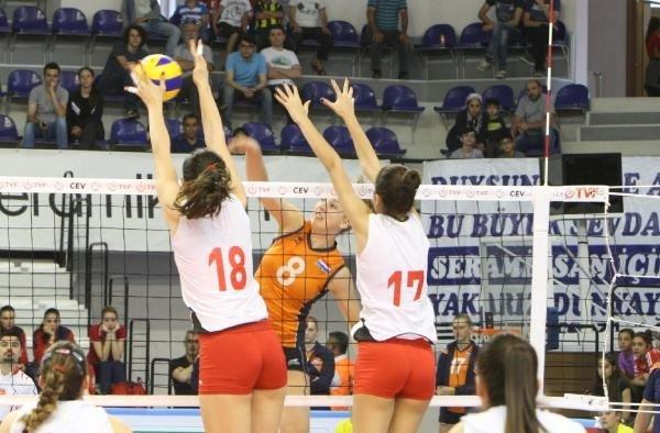 Türkiye-Hollanda U20 Voleybol Fotoğrafları