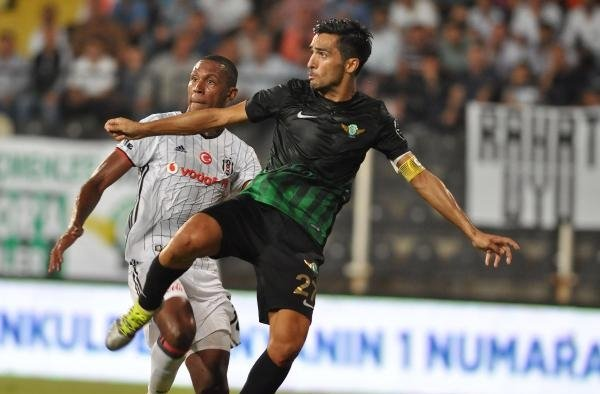 Akhisar Belediyespor'da Custodio futbolu bırakıyor
