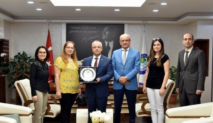 Başkan Kayda'ya teşekkür plaketi