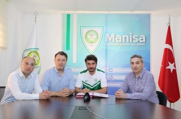 Manisa Büyükşehir Belediyespor'dan defansa takviye