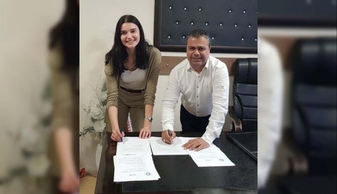 Salihli Belediyespor filede Hilal Çakmak'ı kadrosuna kattı