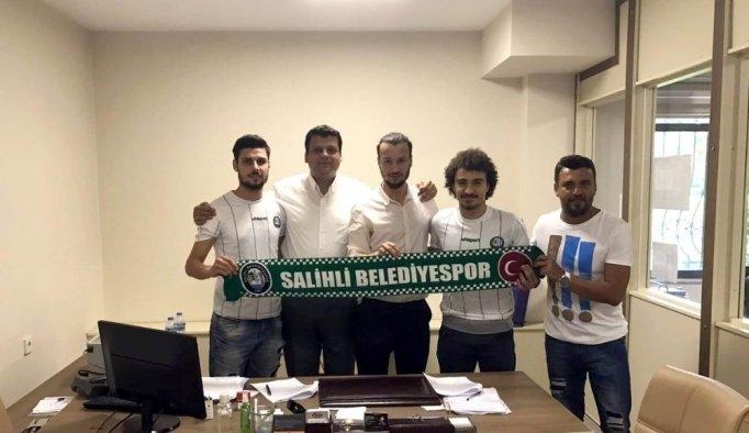 Salihli Belediyespor'dan transfer yağmuru