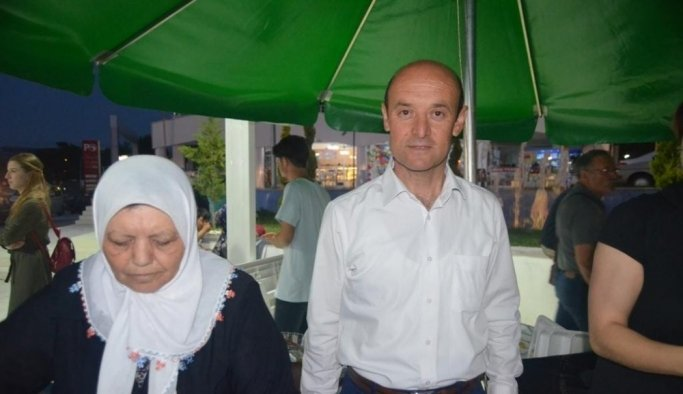 Selendi CHP'den vatandaşlara iftar