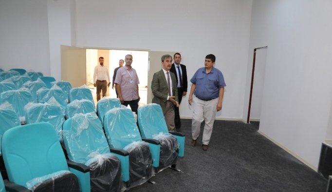 Başkan Şirin, MABEM Konferans Salonu'nu inceledi
