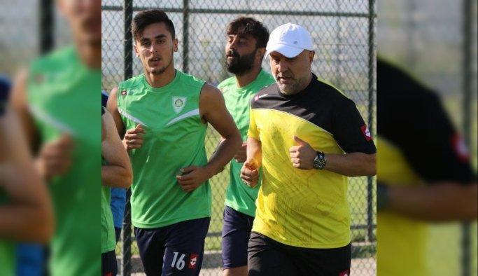 """Mnisa Büyükşehir Belediyesporlu İsmail: """"Yuvama döndüm"""""""