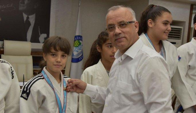 Nehir Ekşi Balkan Şampiyonu