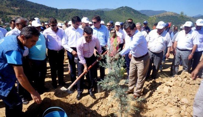 Sarıgöl'de 15 Temmuz Şehitleri anısına hatıra ormanı oluşturuldu