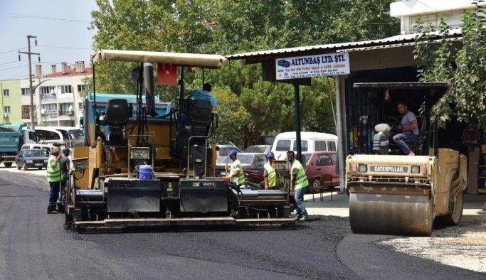 Turgutlu Küçük Sanayi Sitesinde asfalt çalışmaları başladı
