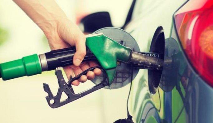 Benzin ve motorine bu gece zam geliyor