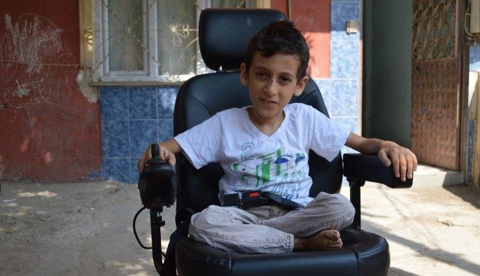 Çalınan tekerlekli sandalyesi yerine akülü araç