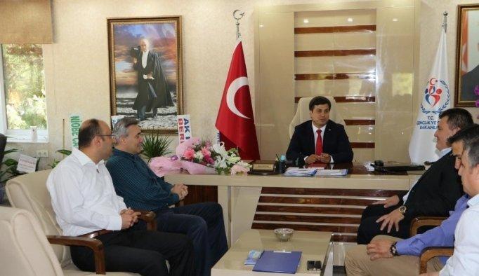 Öztürk, Manisa Büyükşehir Belediyespor yönetimini ağırladı