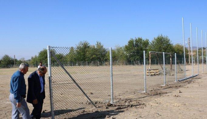 Yunusemre'de spor alanları düzenleniyor