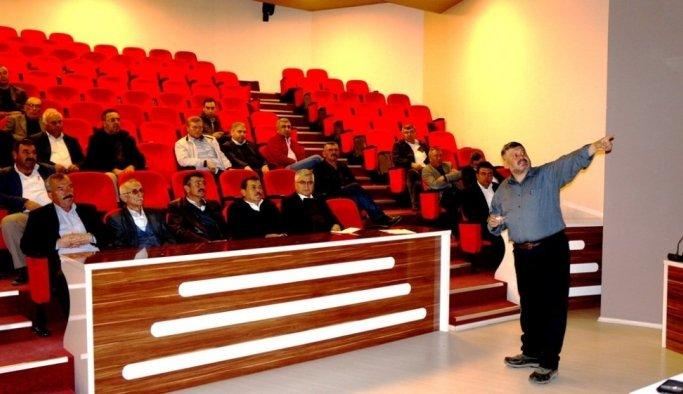 Sarıgöl'de üreticiler mağdur olmasın diye 'Çek' semineri düzenlendi