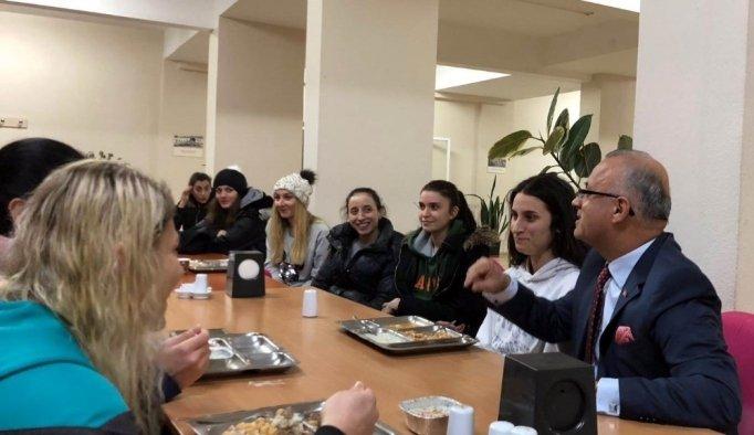 Başkan Kayda'dan sultanlara moral ziyareti