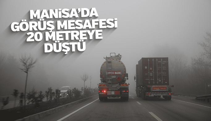 Manisa'da sis nedeniyle görüş mesafesi 20 metreye kadar düştü