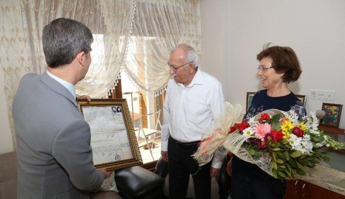 50 yıl önceki nikah defteriyle duygulandılar