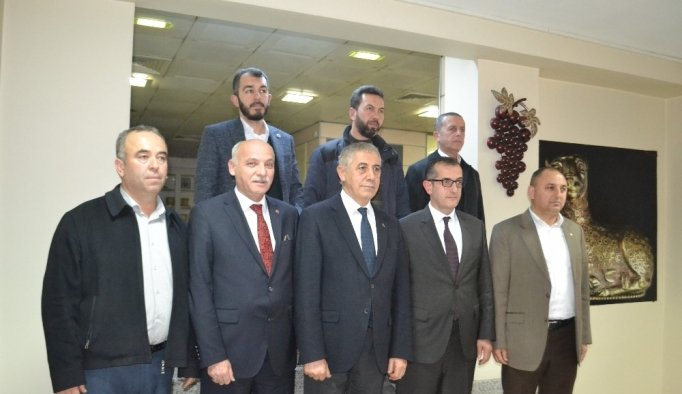 Salihli'den Mehmetçiğe üzüm kampanyası