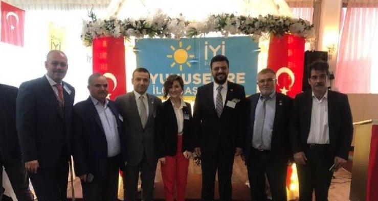 Yunusemre ve Şehzadeler'de İYİ Parti'ye kadın başkan