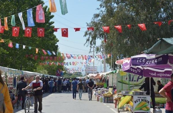 478'inci Manisa Mesir Macunu Festivali fuarla başladı