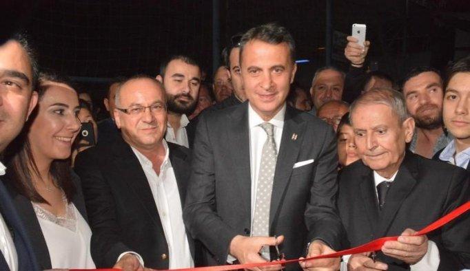 Beşiktaş Başkanı Fikret Orman Akhisar'da dernek binası açtı
