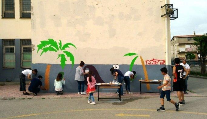 Manisa Gönüllüleri Taytanlı'nın çehresini değiştirdi