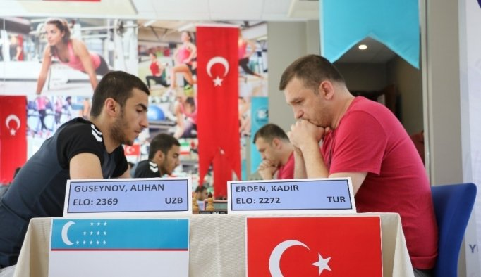 Uluslararası Kapalı Im Norm Satranç Turnuvası başladı