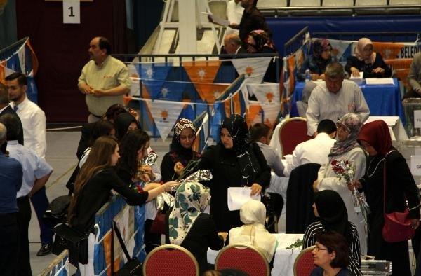 AK Parti Manisa'da seçim heyecanı