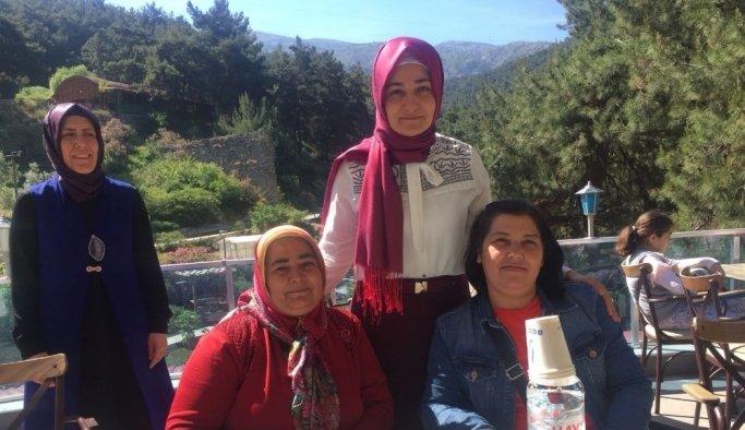 Eğitim-Bir-Sen Manisa'da şehit aileleri ve gazilerle buluştu