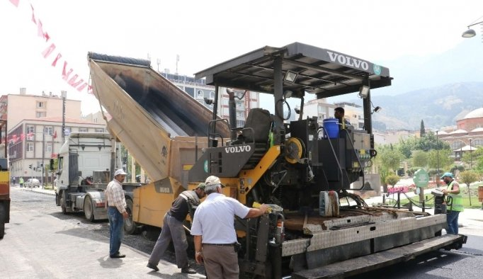 Manisa'da 55 bin metre kare asfalt yenilendi