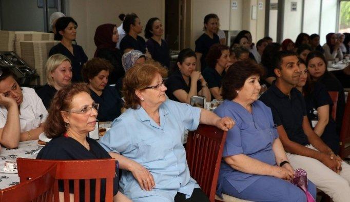 Manisa'da hemşireler günü kutlandı
